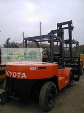 重型叉车 TOYOTA FD70
